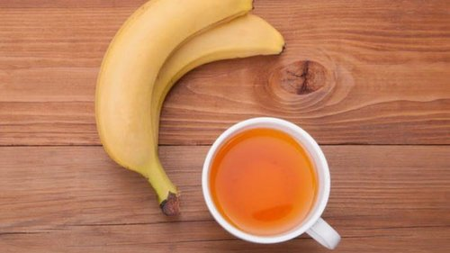 Почему нужно обязательно пить банановый чай от бессонницы